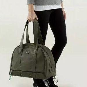 Lululemon Om For All Large Gym Bag Fatigue Green